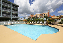 Barefoot Beach Resort Hotel 13238 Gulf Blvd Madeira Fl 33708 Phone 727 393 6133 Fax 564 9925 Reservations 800 853 1536